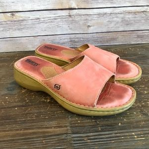 Born Peach Leather Sandals Size 9 Gently Used